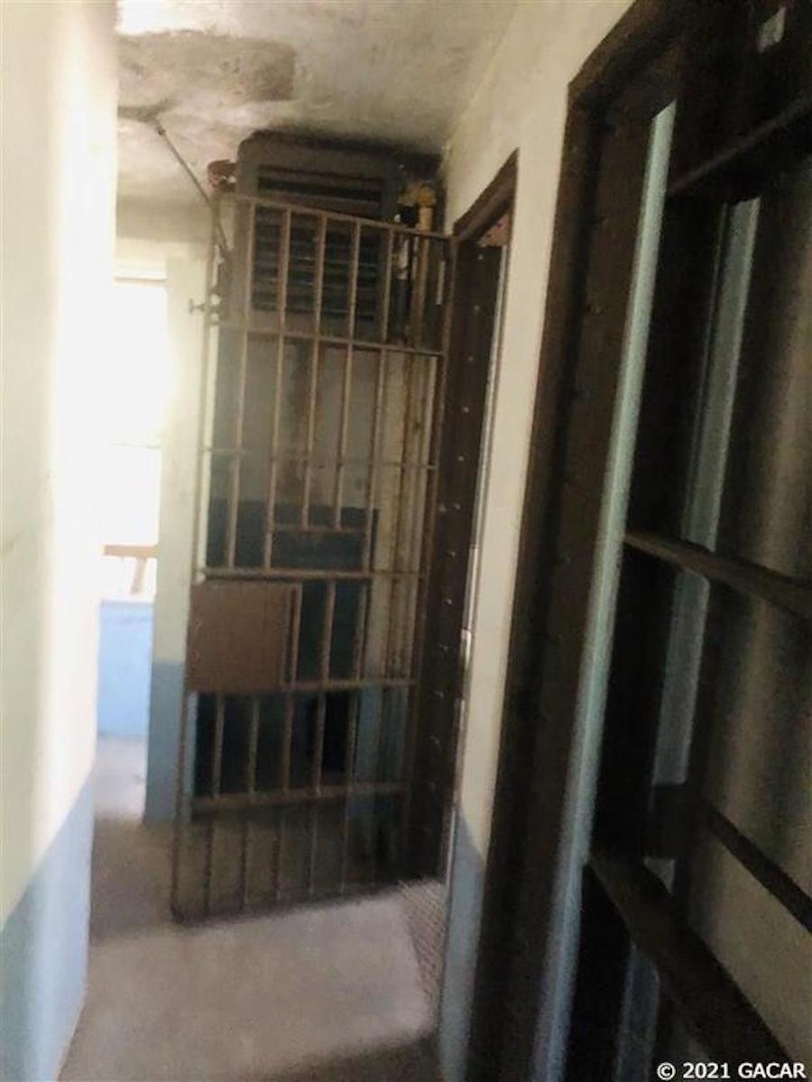 زندان ارواح آمریکا به فروش گذاشته شد +عکس