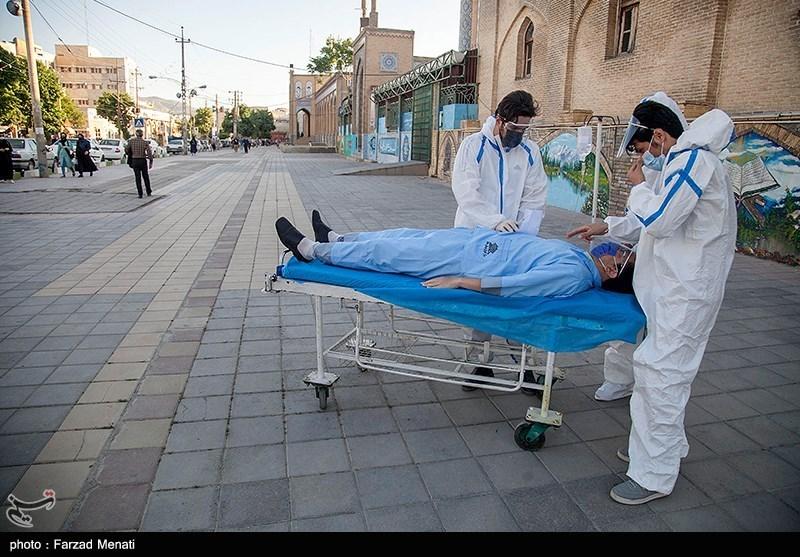 کارناوال نمایشی هشدار خطرات کرونا در کرمانشاه + عکس