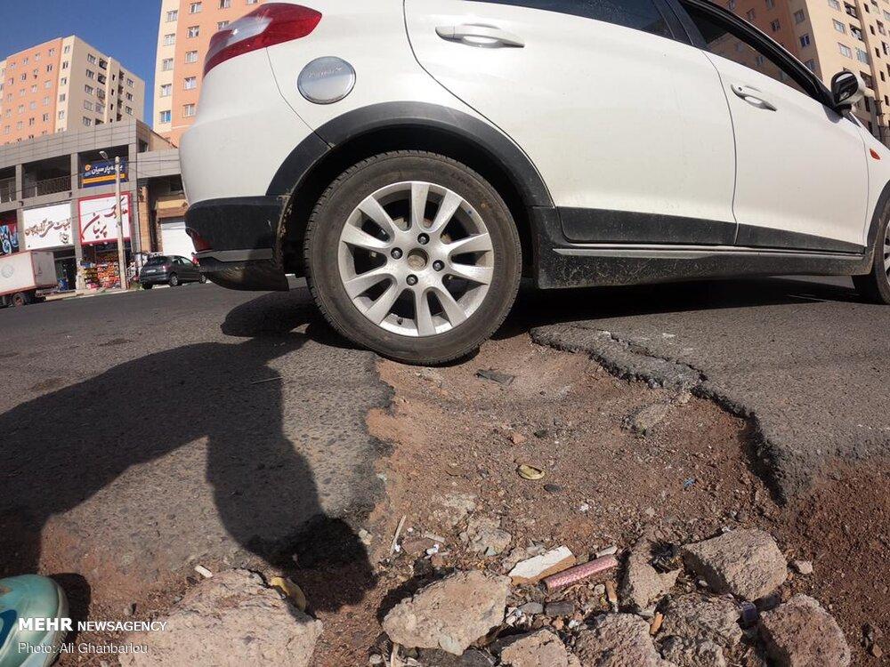 چاله های خطرناک خیابان های پرند + عکس