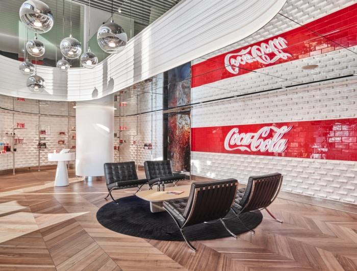 طراحی داخلی دفتر کار کوکاکولا در استانبول