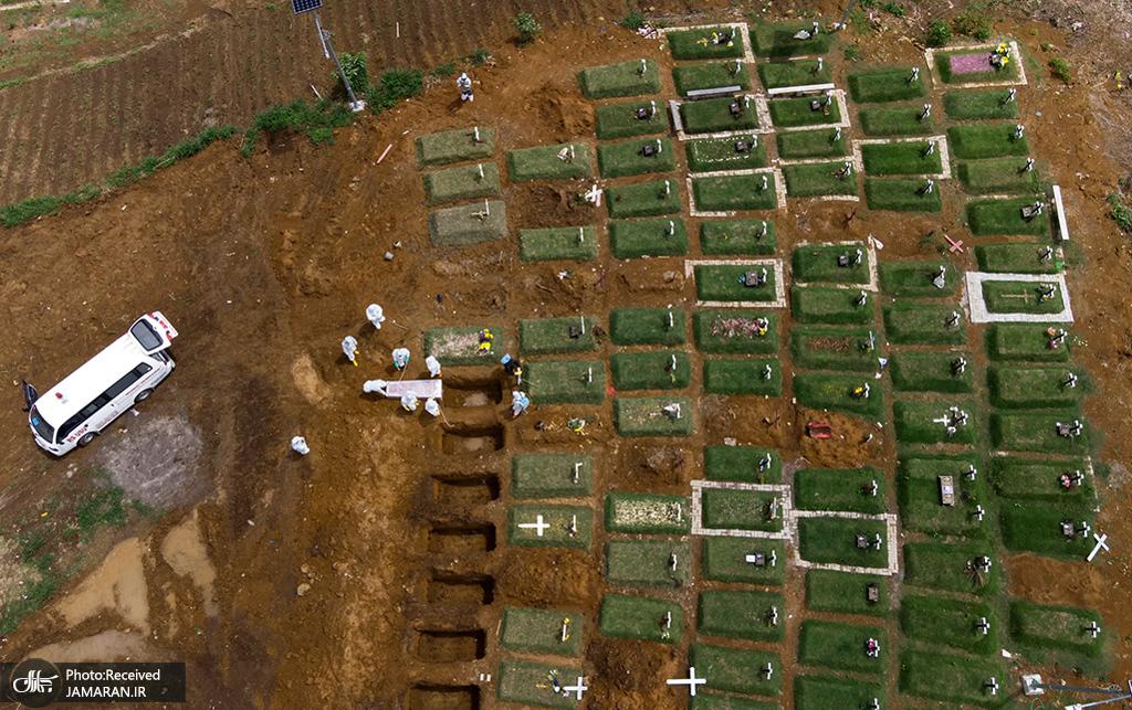 نمایی هوایی از گورستانی مخصوص قربانیان کووید 19 در اندونزی