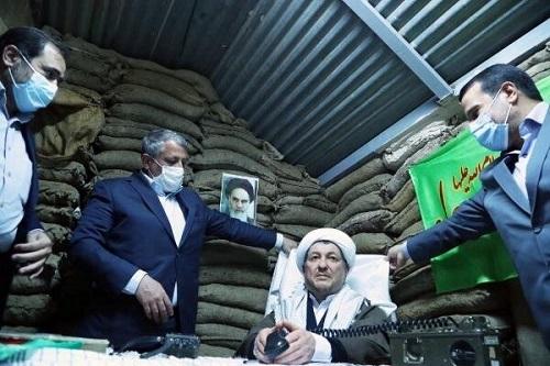 رونمایی از تندیس رفسنجانی در موزه انقلاب