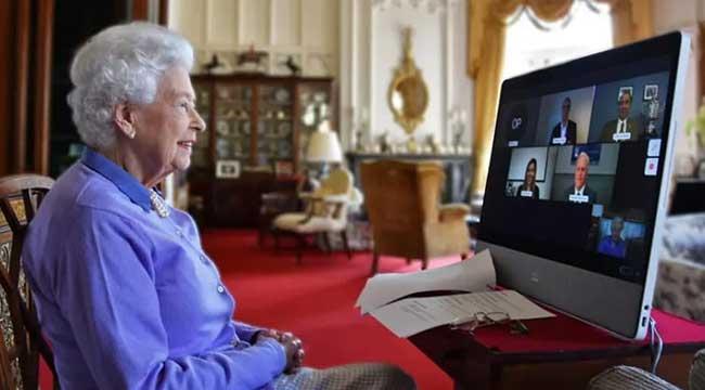 عکس خاصِ رویترز از ملکه بریتانیا