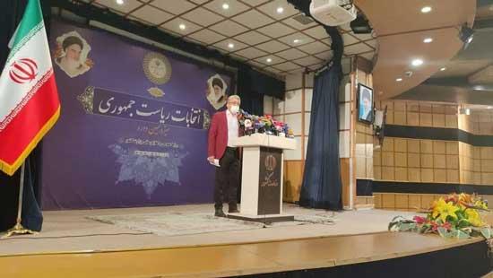 احمدینژاد جدید با کت قرمز کاندیدا شد