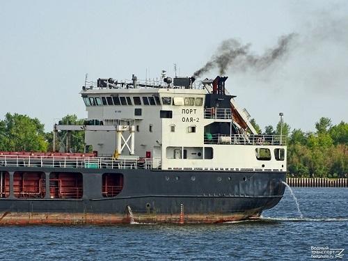 کشتی به گِل نشستهی ایران خلاص شد