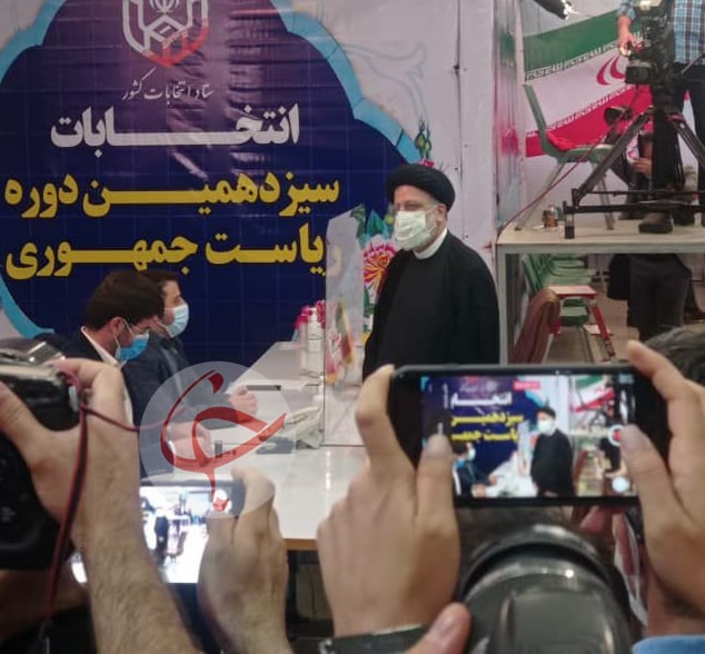 حضور سید ابراهیم رئیسی در ستاد انتخابات کشور + عکس