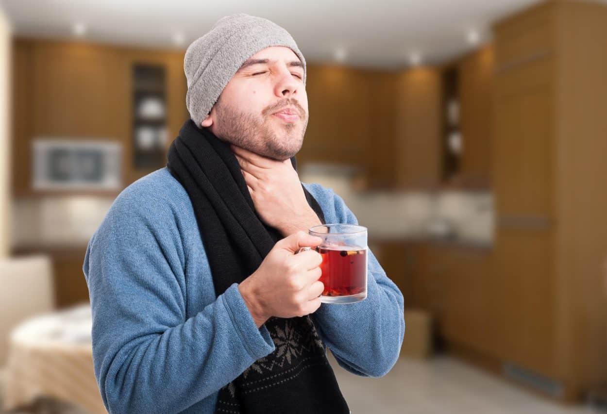 بهترین درمانهای گلودرد شدید در خانه