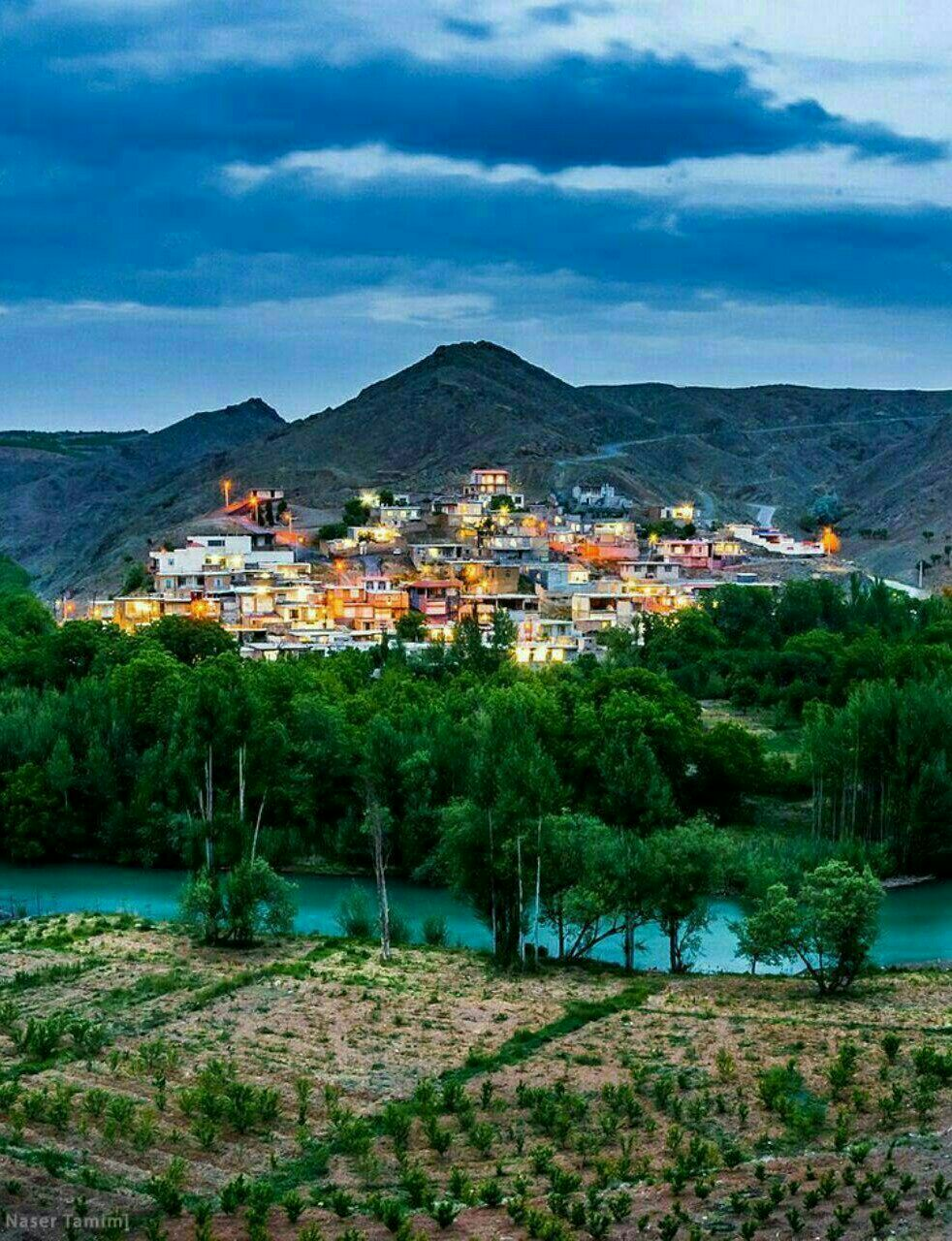 تصویری زیبا از روستای چم نار در استان چهار محال و بختیاری