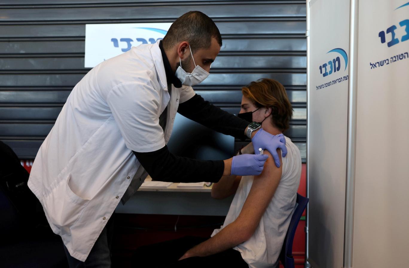 رابطه واکسن فایزر با التهاب قلبی در جوانان چیست؟