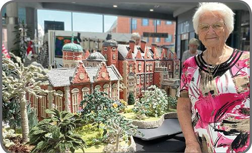 ماکتهای بافتنی مادربزرگ ۹۲ساله