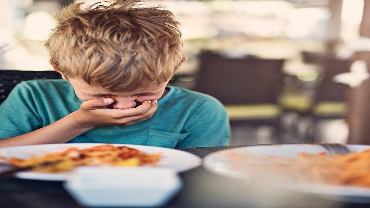 پس از مسمومیت غذایی چه باید بخوریم؟