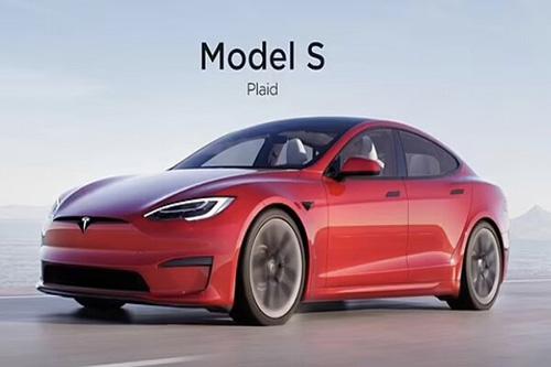 خودروی جدید تسلا با سرعت ۲۰۰ مایل بر ساعت