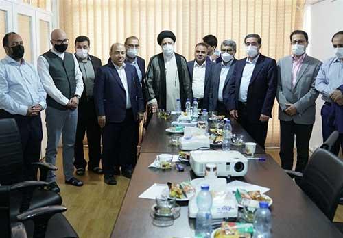 درباره عجیبترین عکس این روزهای ایران
