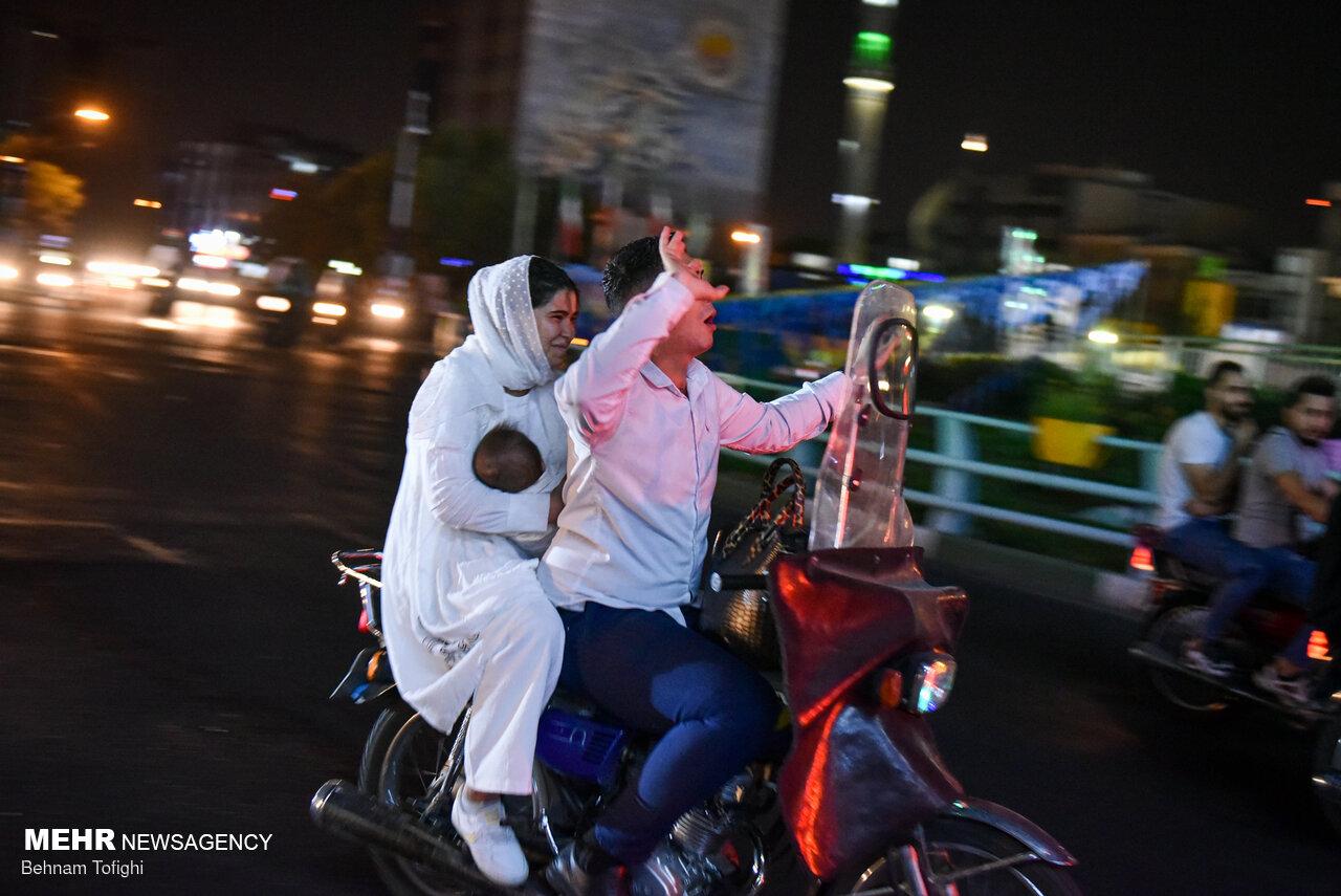 شادی انتخاباتی یک هموطن موتورسوار با فرزند چند ماهه + عکس