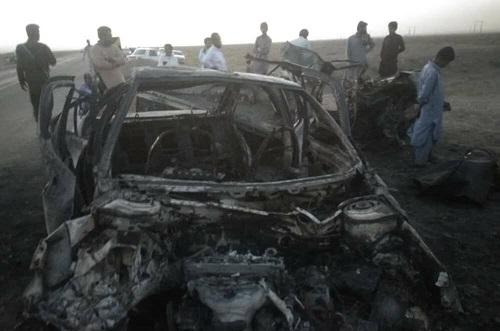 ۶نفر در تصادف جاده سراوان در آتش سوختند