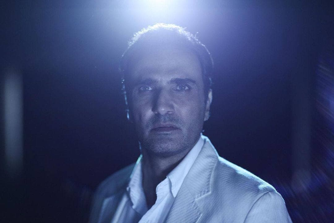 جدیدترین تصویر از محمدرضا فروتن در سریال «جزیره»