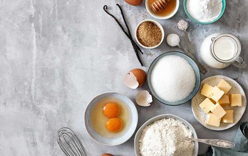 ۱۰ فرمان شیرینیپزی در خانه