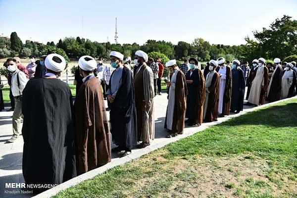 صف رای اختصاصی برای روحانیون در اصفهان