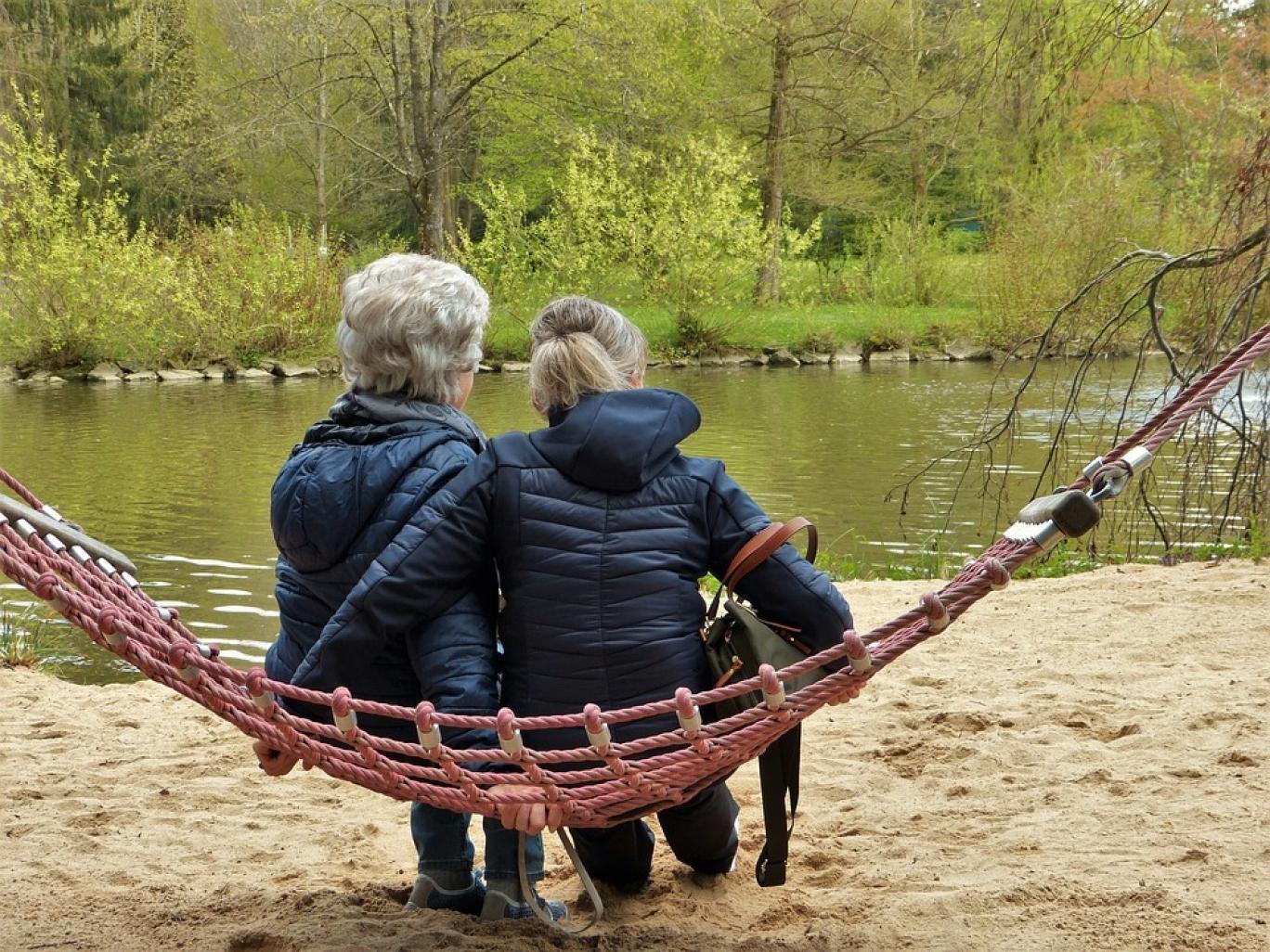 بیاختیاری ادرار در زنان تنها مختص سالمندان نیست