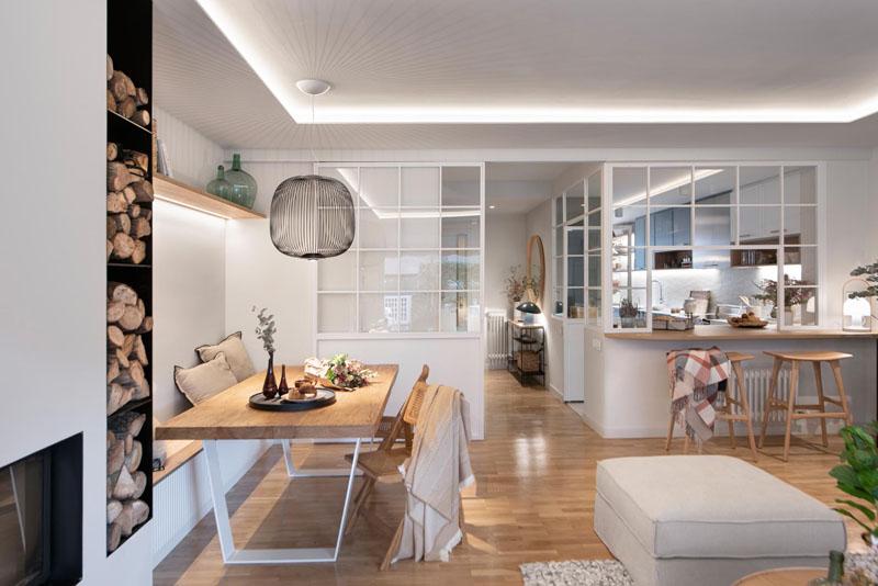 بازسازی خانه با آشپزخانه شیشه ای محصور