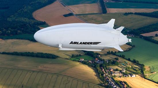 با بزرگترین کشتی هوایی دنیا آشنا شوید