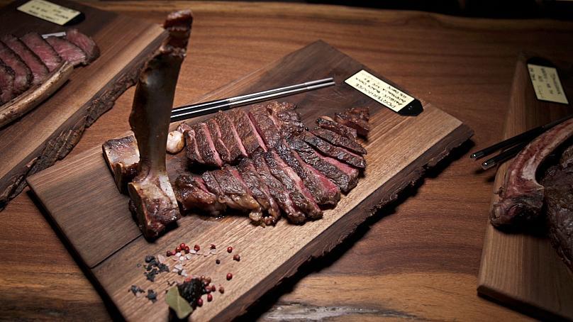 گوشت کهنهشده چیست و چهطور آن را در خانه تهیه کنیم؟