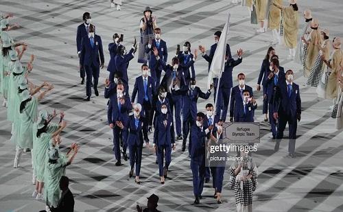 رژه کاروان پناهندگان در المپیک با حضور ۵ ایرانی