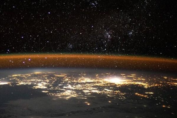 تصویری زیبا از زمین از منظر ایستگاه فضایی بینالمللی