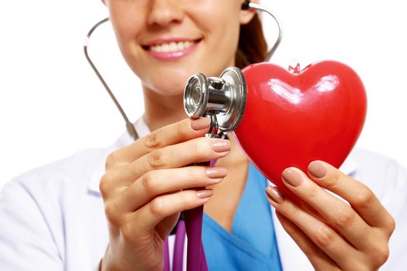 ضربان قلب طبیعی بین چند ضربان در دقیقه است