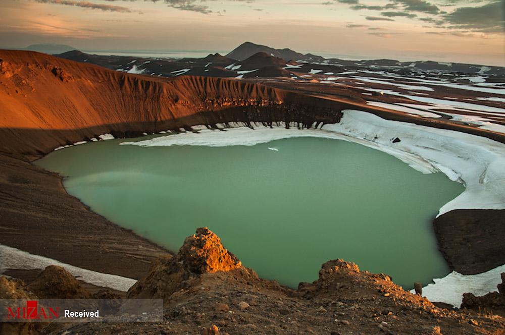 چشم انداز بی نظیر آتشفشانهای ایسلند + عکس