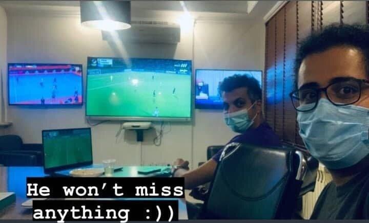 عادل فردوسیپور اینگونه عاشق و دیوانه فوتبال است+ عکس