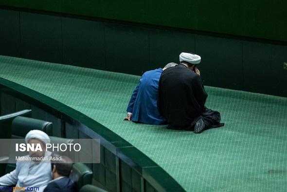 جلسه عجیب دو نفره در صحن علنی مجلس +عکس