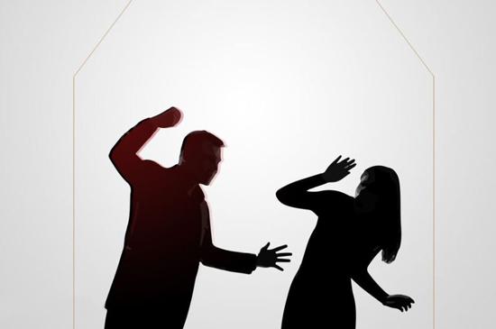 ترفند بانوی قمی برای دور زدن همسر بیرحم