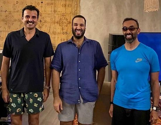 تصویر خندانِ بنسلمان همراه با امیر قطر