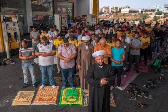 اقامه نماز جمعه در پمپ بنزینهای لبنان