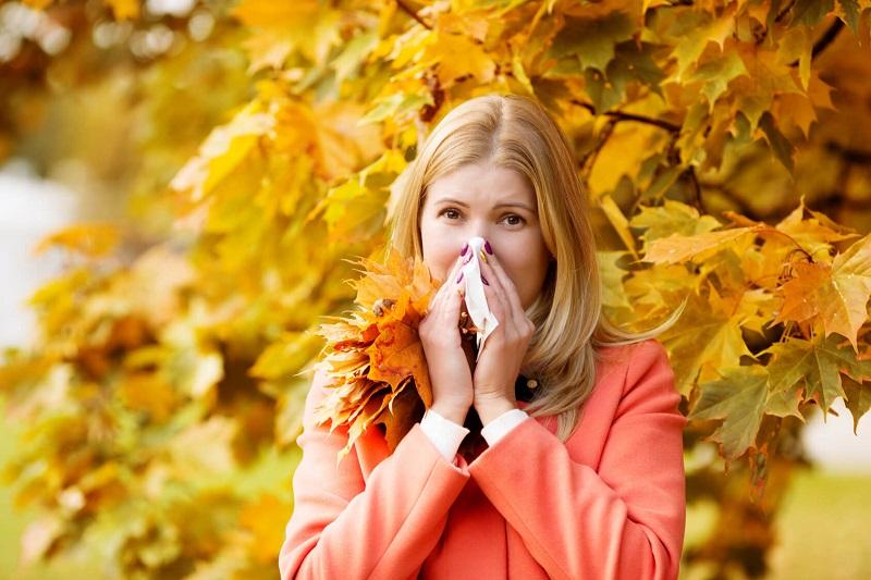 علائم رایج آلرژی فصلی را بشناسید+ درمان