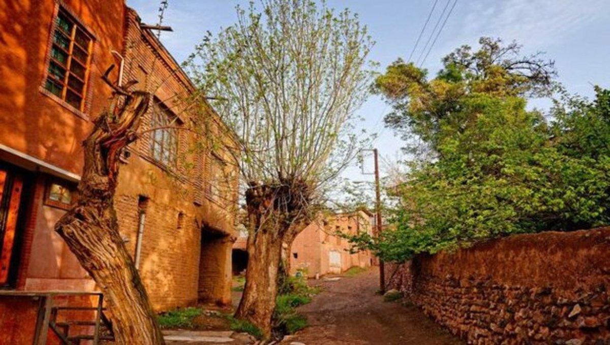 با ۹ شهر و روستای رنگی جهان آشنا شوید