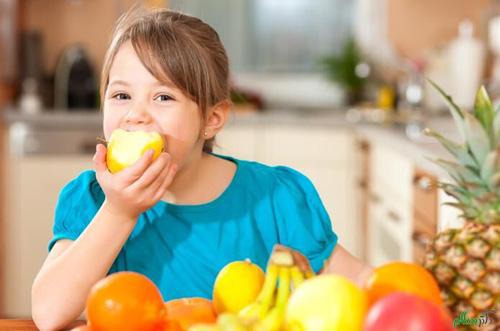 ۴ هشدار برای مصرف بیش از حد میوهها