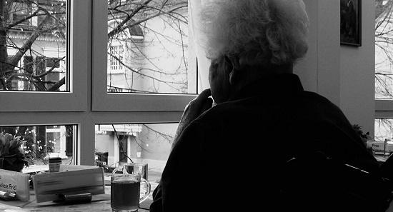 آیا فراموشی در جوانان نشانهای از آلزایمر است؟