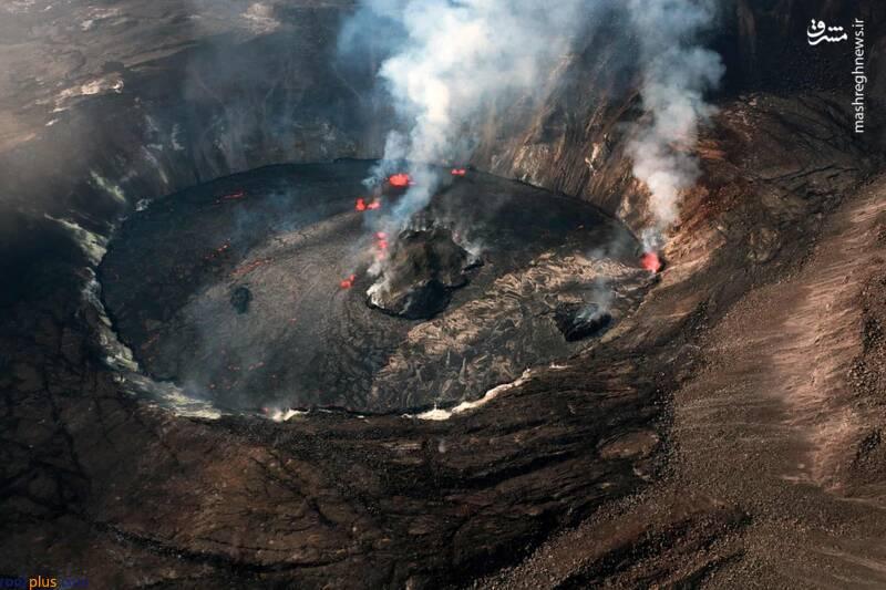 نمایی عجیب از دهانه آتشفشان در هاوایی