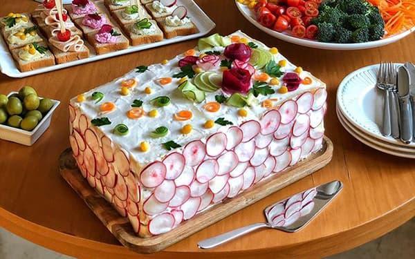 طرز تهیه کیک مرغ خوشمزه بهمراه فوت و فن های آن