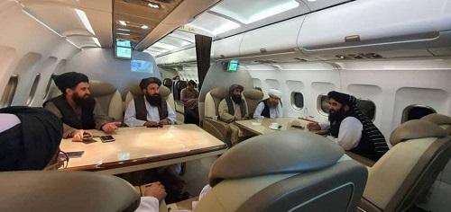 طالبان در هواپیمای VIP