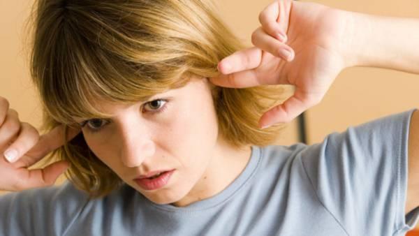 شنیدن صدای نبض در گوش نشانه این  بیماری های جدی است