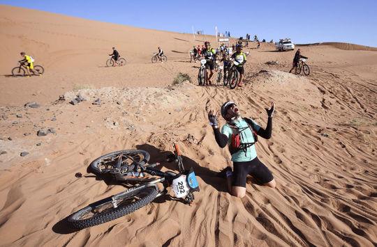 شرکت کنندگان مسابقه ی دوچرخه سواری Titan Desert 2018 در مراکش