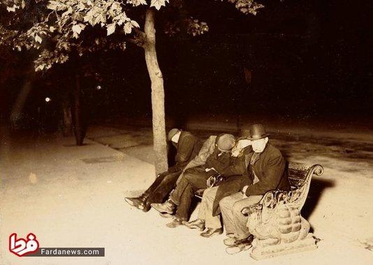 مردانی که شب را در یک زمین خاکی به صبح میرسانند- لندن سال 1902