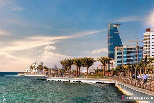 نمایی از دریای سرخ از شهر جده
