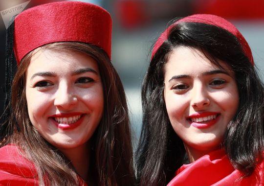 هواداران تیم ملی تونس قبل از بازی بین تیم های بلژیک و تونس