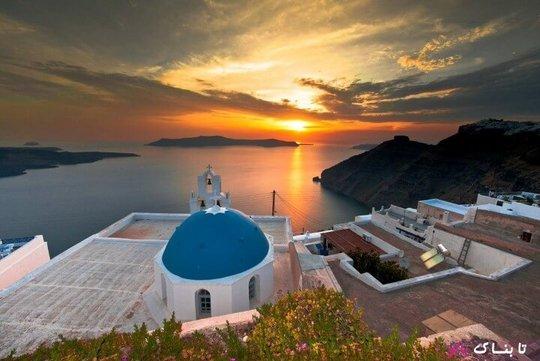 جزیره زیبای سانتورینی یونان یک مقصد گردشگری است