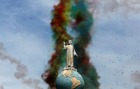 یک مجسمه مقدس در السالوادور