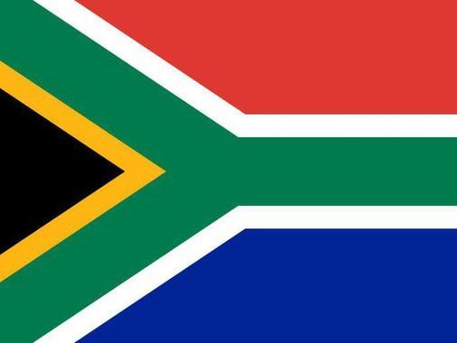 آفریقای جنوبی: پس از برقراری دموکراسی در سال 1994، پرچم جدیدی طراحی شد تا معرف تنوع و وحدت این کشور باشد. پرچم بریتانیا در نیمی از این پرچم جای دارد، و در نیمی دیگر پرچم کنگره ملی آفریقا نقش بسته است.